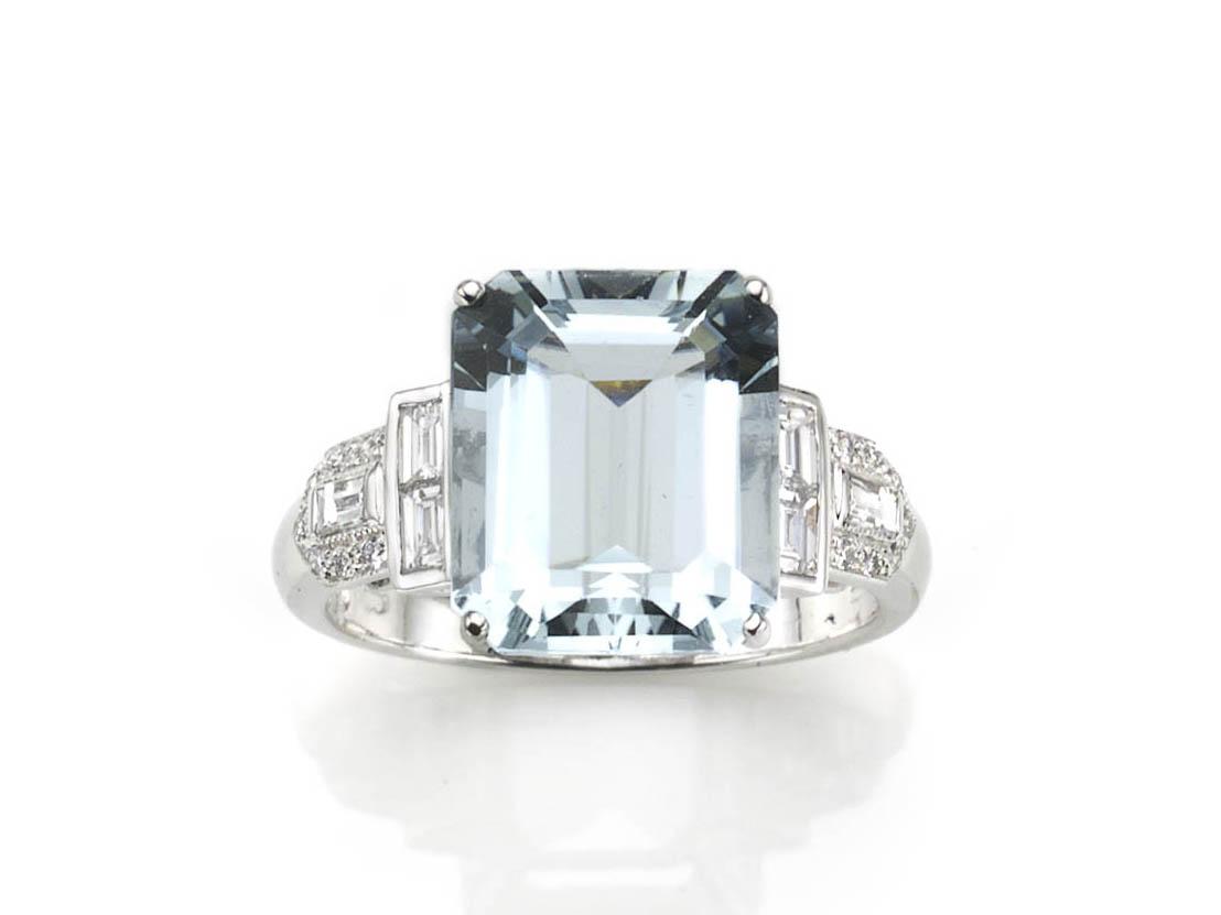 Art Deco style aquamarine ring