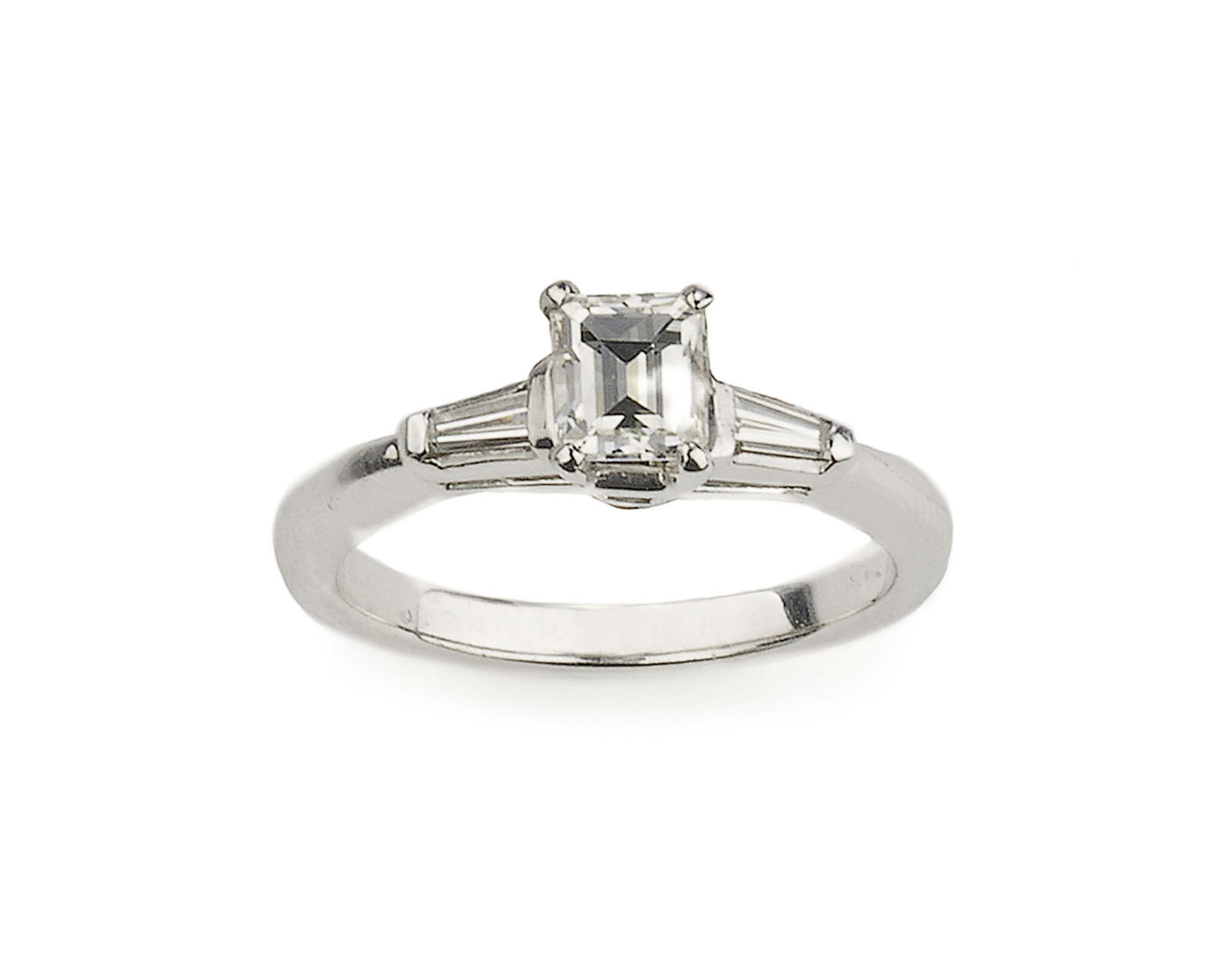 Emerald Cut Diamond Baguette Shoulders Ring