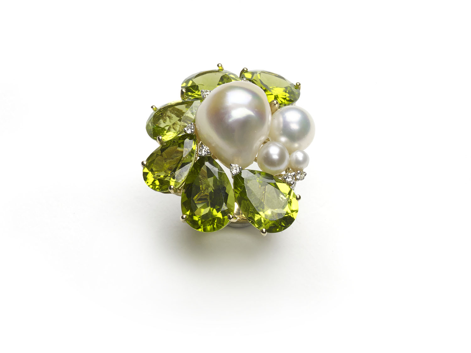 Fine peridot and diamond pearl ring — Jewellery Discovery