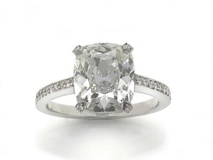 Engagement Cushion cut diamond ring 4 carats jewellery discovery