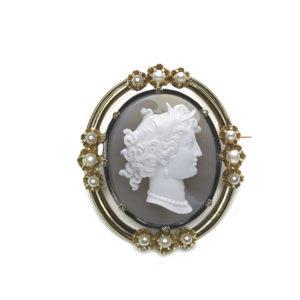 Antique hard stone cameo brooch