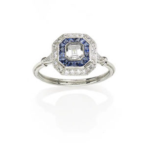Sapphire and diamond target cluster ring