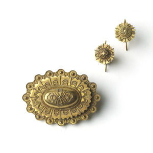 Antique Victorian Gold Brooch & Earrings Suite