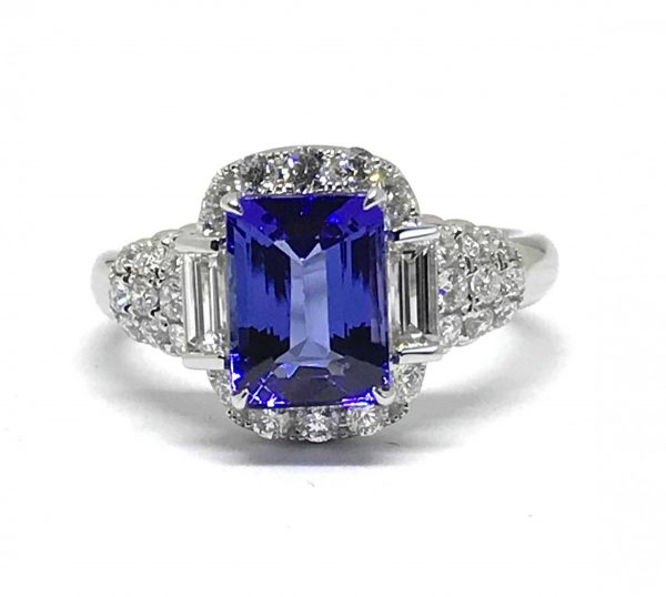 Tanzanite and diamond ring 2 carats 18ct white gold good colour fine jewels