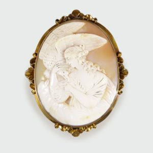 Antique Victorian Carved Shell Cameo Brooch