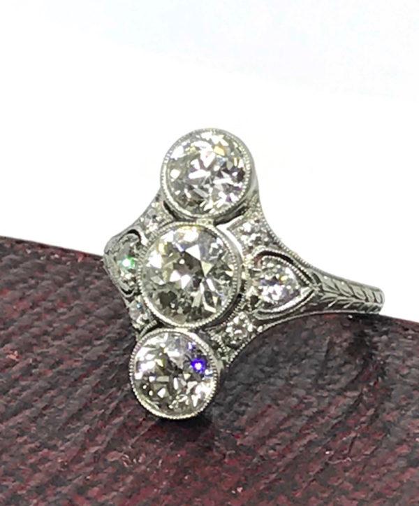 Art Deco antique diamond ring Ramond Yard platinum 1920's