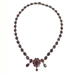 Antique Georgian Garnet Necklace