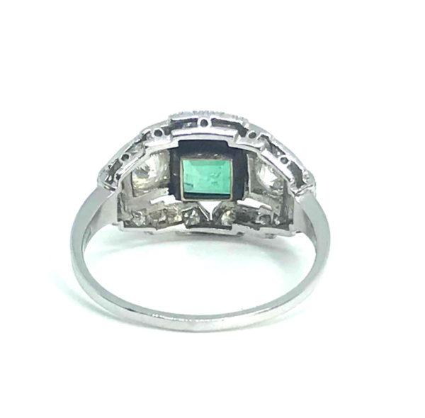 Antique Art Deco Emerald & Diamond Ring