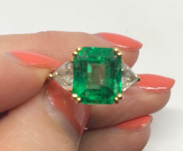 natural emerald ring and diamond