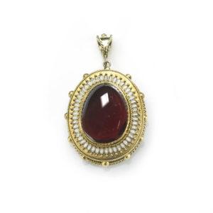 Antique Victorian Cabochon Garnet Pendant