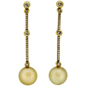 Boodles & Dunthorne Diamond and Pearl Earrings