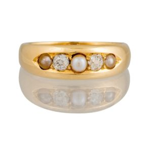 Antique Art Deco Pearl and Diamond Ring
