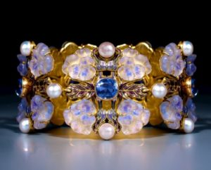 Epoque Fine Jewels Lalique Pansy bracelet