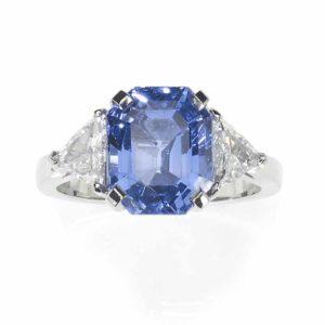 Sapphire and diamond ring 5 carats 6 carats trillion cut diamond shoulder platinum three stone