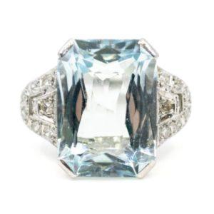 Retro 9.5ct Aquamarine and Diamond Ring