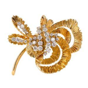 Vintage Kutchinsky 18 Carat Gold and Diamond Flower Brooch