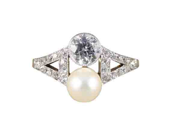 Art Deco natural pearl and diamond ring two stone platinum