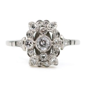 Antique Art Deco Diamond Platinum Ring