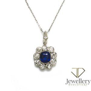 Antique sapphire diamond pendant Edwardian period 1910 Burma sapphire old cut diamonds
