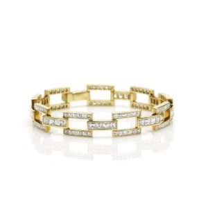 Diamond Set Link Bracelet in 18ct Yellow Gold