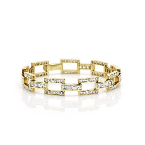 Diamond Set Link Bracelet in 18ct Yellow Gold