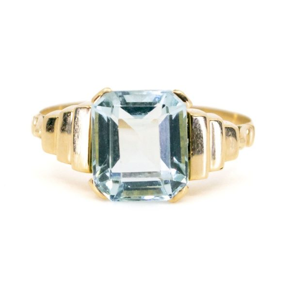 Vintage Aquamarine and Gold Ring