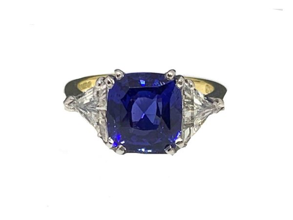 Ceylon sapphire cushion cut 4 carat no heat and trillant cut triangular ring engagement jewellery discovery Blue
