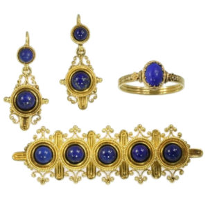 Neo-Etruscan Lapis Lazuli Ring, Brooch and Earrings, 18ct Yellow Gold