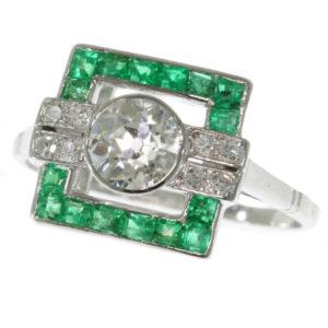 Antique Art Deco Diamond Emerald Platinum Ring