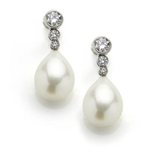Anniversary Jewellery 3rd Pearl