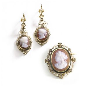 Antique Victorian Cameo Earring & Brooch Suite