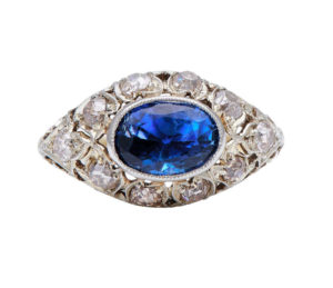 Edwardian Natural Ceylon Sapphire and Diamond Cluster Ring, 3.65cts