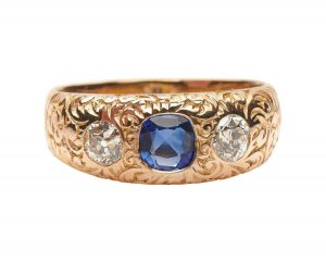 Victorian Style Sapphire and Diamond Gypsy Ring in 14ct Gold