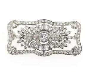 Art Deco 2.00ct Diamond Set Brooch in Platinum
