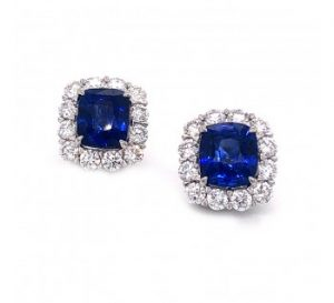 Sapphire and Diamond Cluster Stud Earrings, 6.95 carat total, Platinum