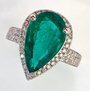 6.91 Carat Emerald and Diamond Dress Ring, 18ct White Gold
