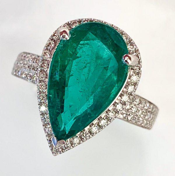 6.91 Carat Emerald and Diamond Dress Ring, 18ct White Gold