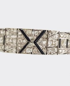 Art Deco 11ct Diamond, Onyx and Platinum Bracelet