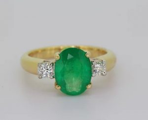 Oval Emerald and Diamond Three Stone Ring in 18ct Yellow Gold