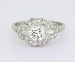 Art Deco Style Diamond Cluster Ring, 1.30 carat total, 18ct White Gold