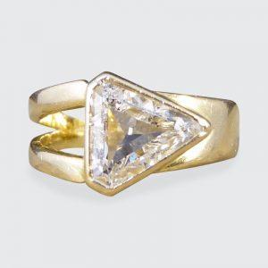 Contemporary Kite Shape Diamond 1.15ct Gold Ring