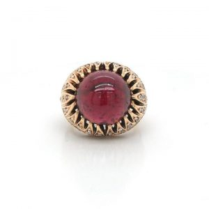 Vintage Imperial Russian Style Cabochon Garnet and Gold Ring