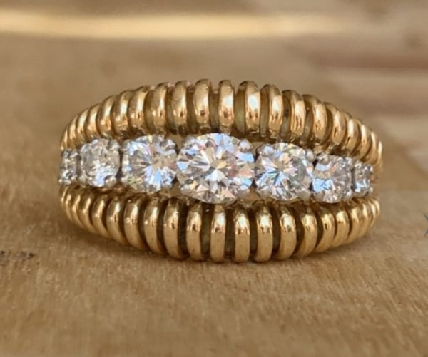 Van Cleef and Arpels Diamond 18ct Gold Ring