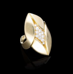 Vintage Bvlgari Gold and Diamond Ring