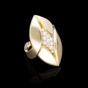 Vintage Bvlgari Gold and Diamond Ring