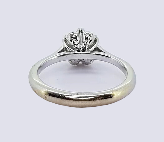 0.85ct Diamond Solitaire Engagement Ring, 18ct white gold.