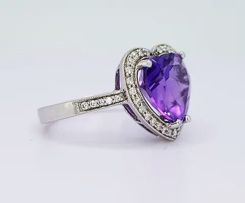Amethyst and diamond heart-shaped cluster ring, in 18ct white gold