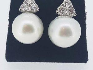 South Sea Pearl and Diamond Trefoil Earrings, 1.70 carats