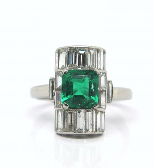 Art Deco emerald diamond ring 1930 baguette diamond platinum