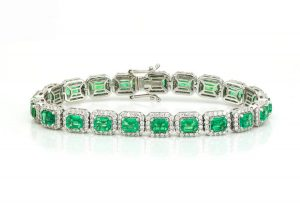 9.02ct Colombian Emerald and Diamond Cluster Bracelet in 14ct Gold